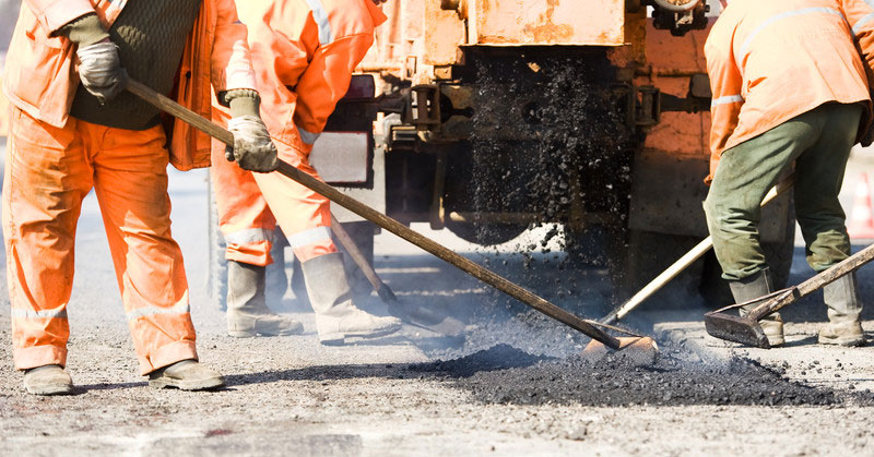 How to Maintain Your Asphalt Surface in a Hot Climate